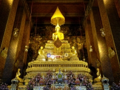 bangkok-wp-sitzender-buddha1