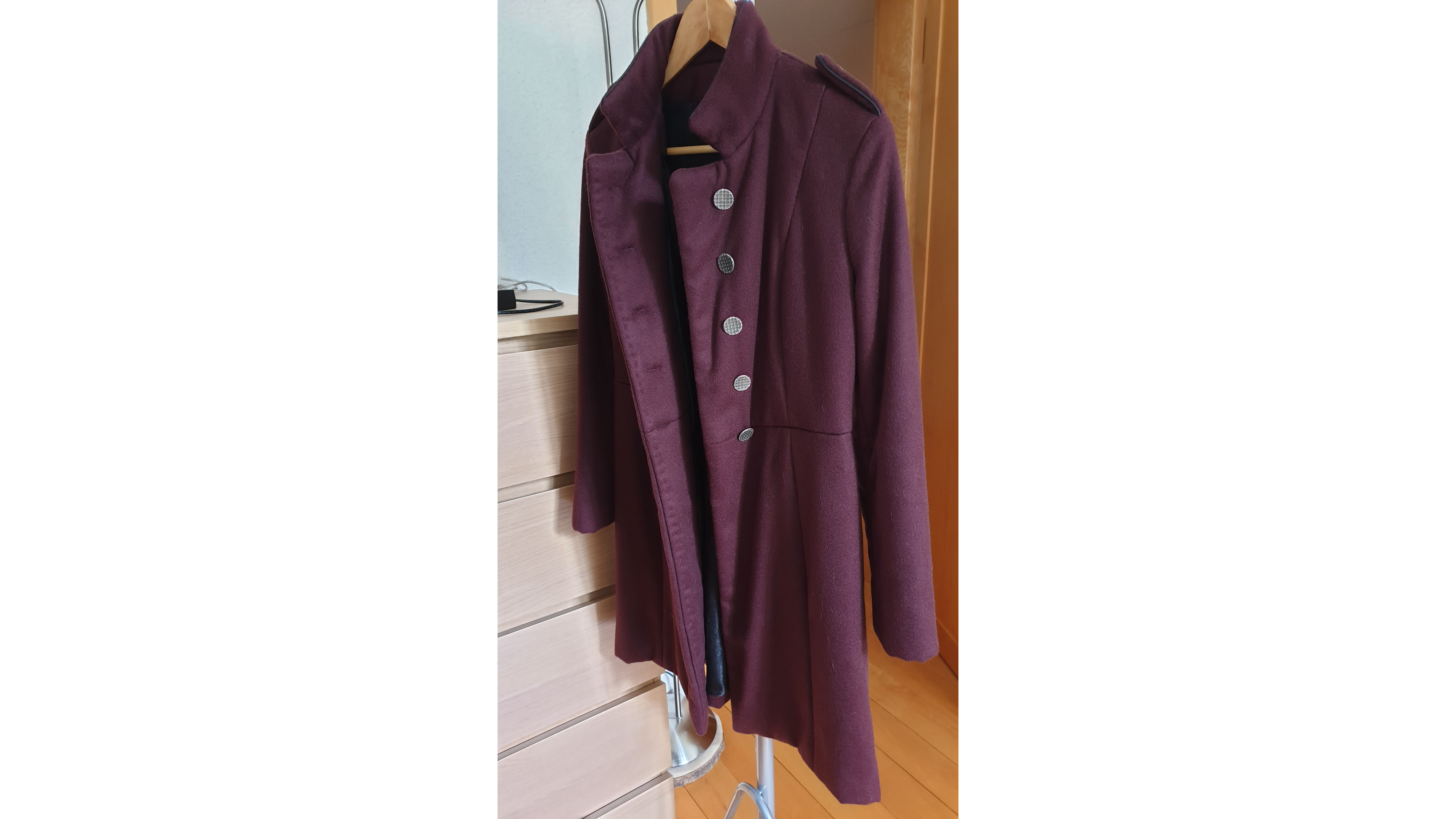 burgunder cashmere coat